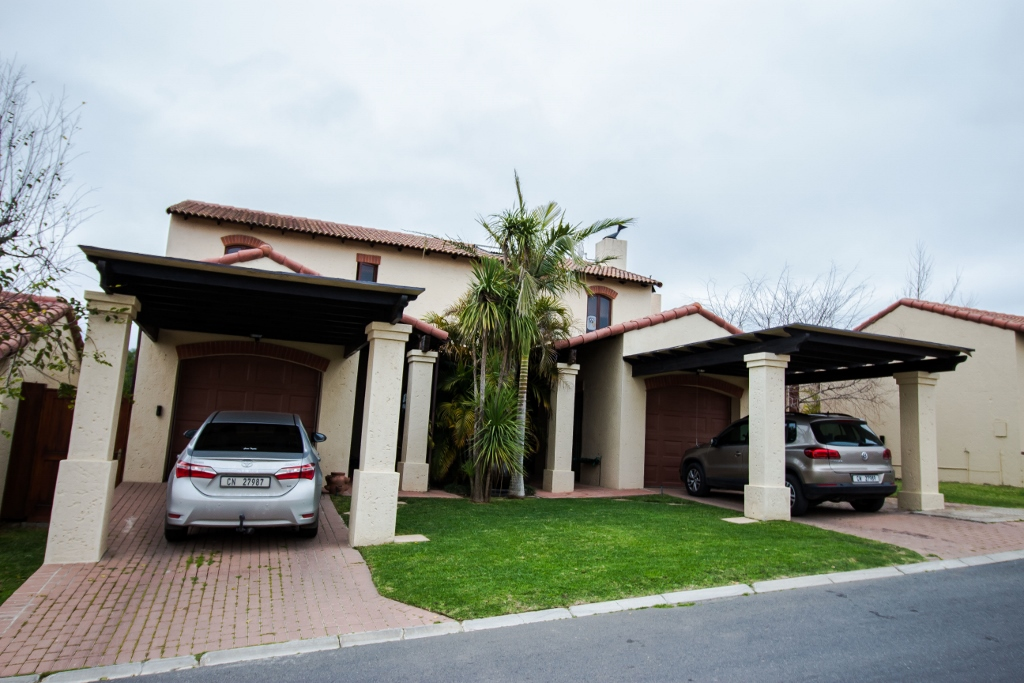 4 bedroom wellington house for sale paarl real estate for 4 room houses for sale