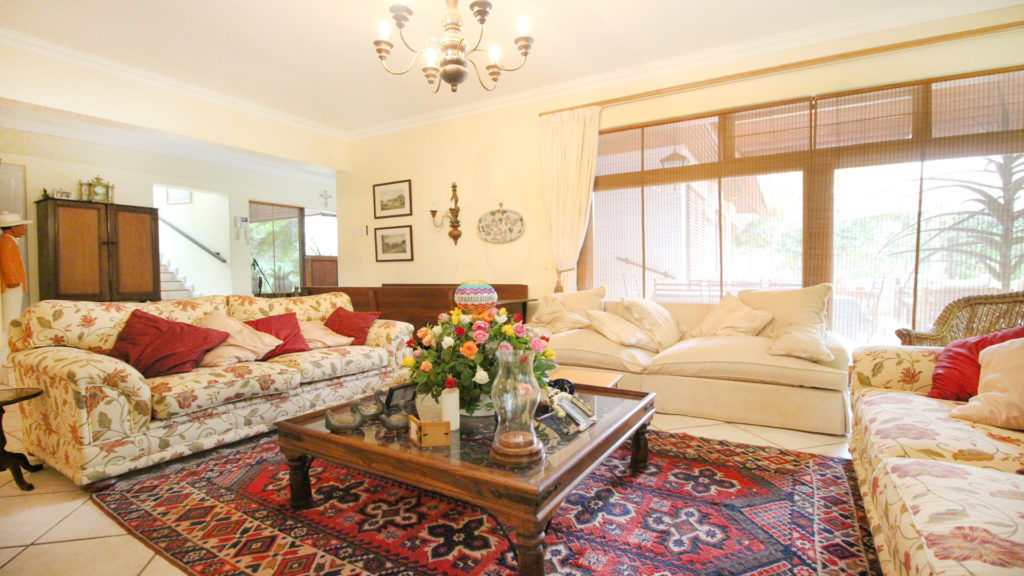 Paarl guesthouses for sale