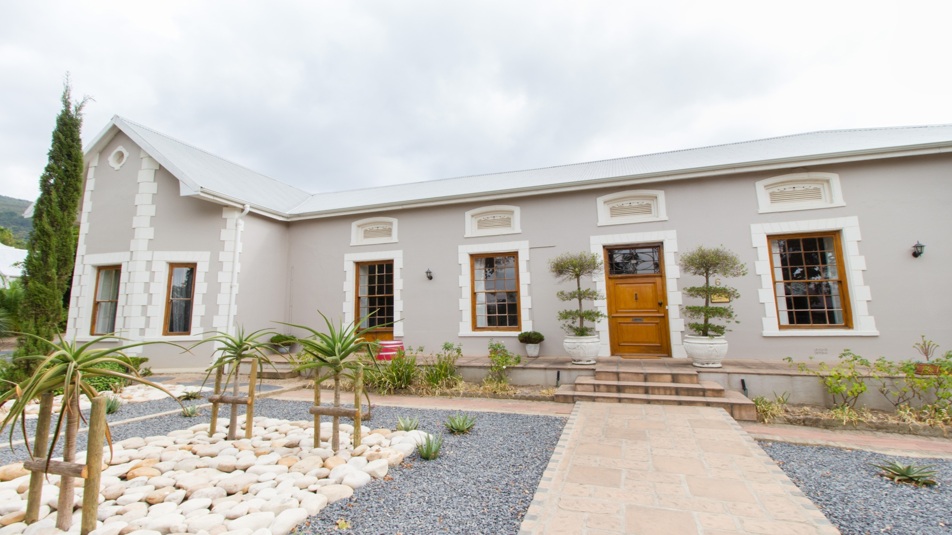 Paarl guesthouse for sale